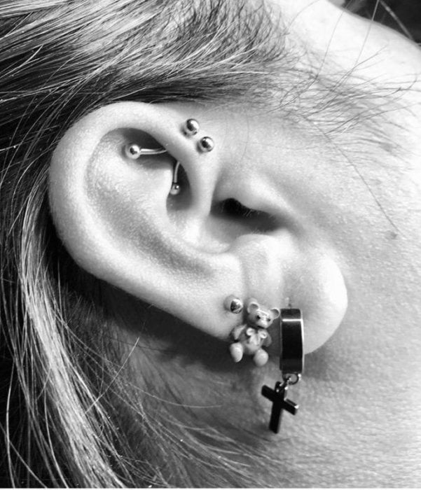 "Piercing ""Forward Helix"""